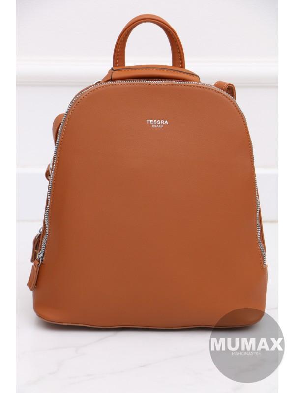 Trendy škoricový ruksak