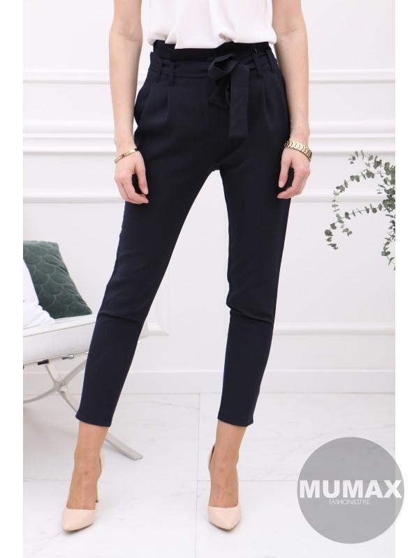Tmavomodré nohavice