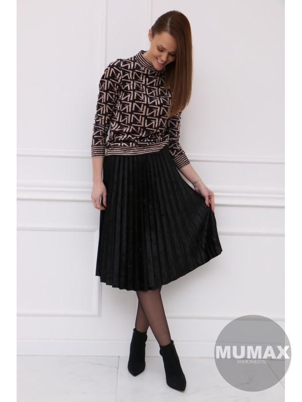 Čierná zamatová plisovaná sukňa