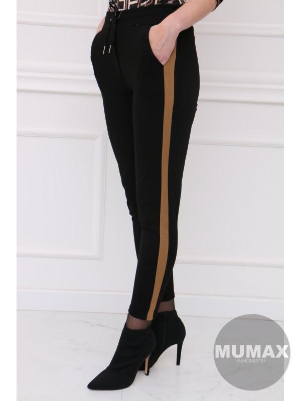 Teplákove nohavice s hnedým pásikom