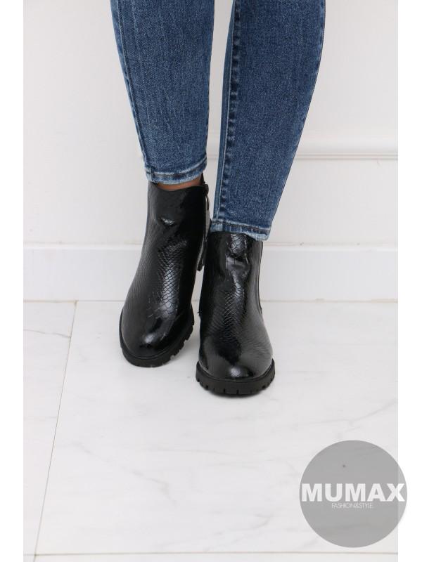 Trendy čierné kotnikové čižmičky