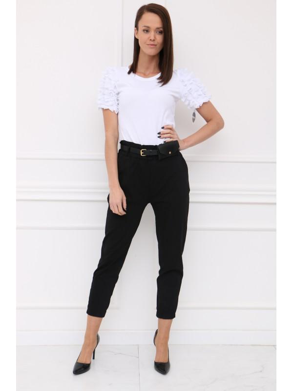 Bielé tričko s ozdobou na rukávoch