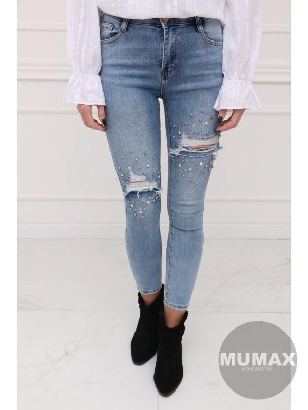 Roztrhané fashion džínsy s korálikmi