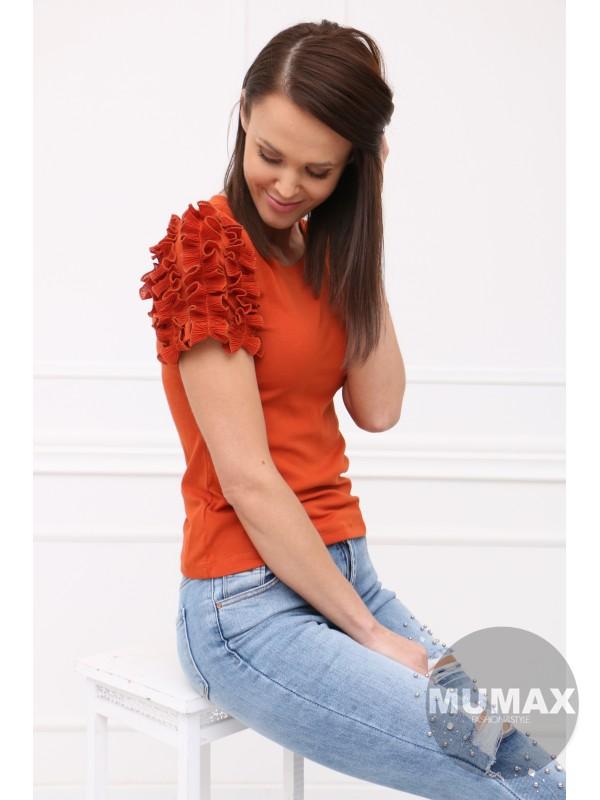 Škoricové tričko s ozdobou na rukávoch