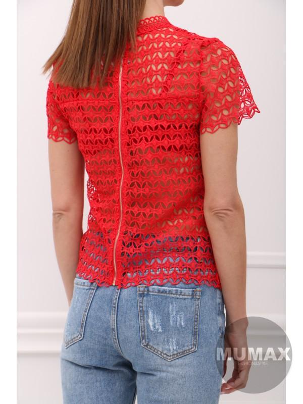 Červený krajkový top