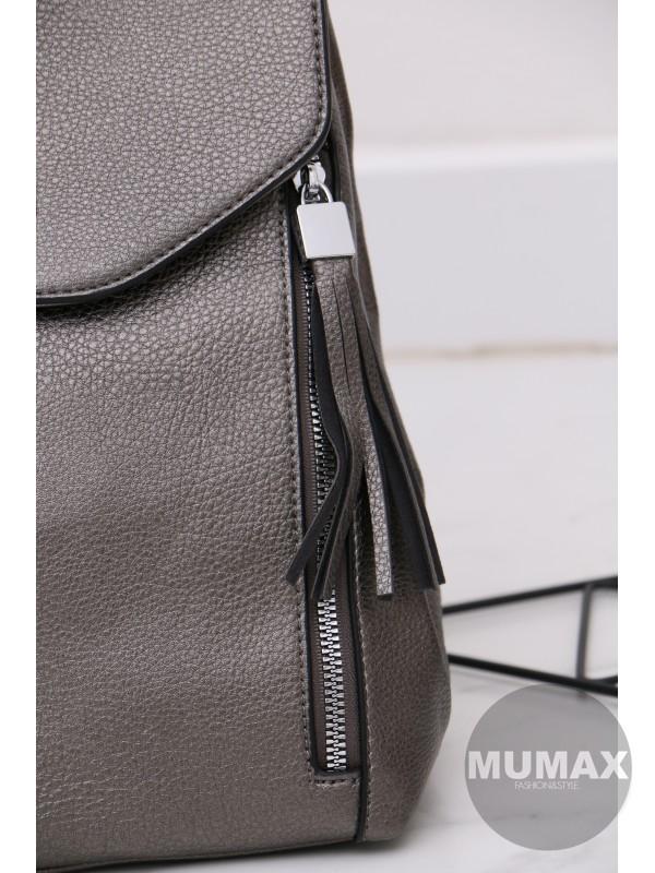 Trendy strieborný ruksak