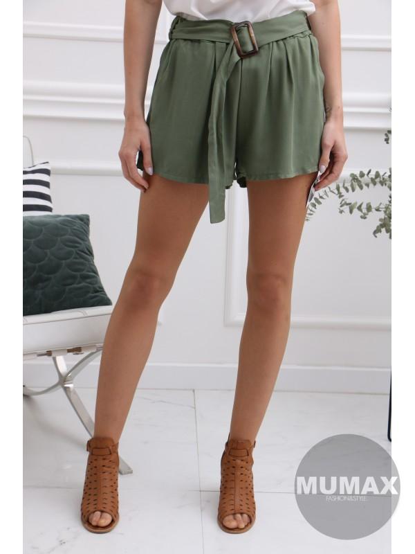 Krátke zelené nohavice