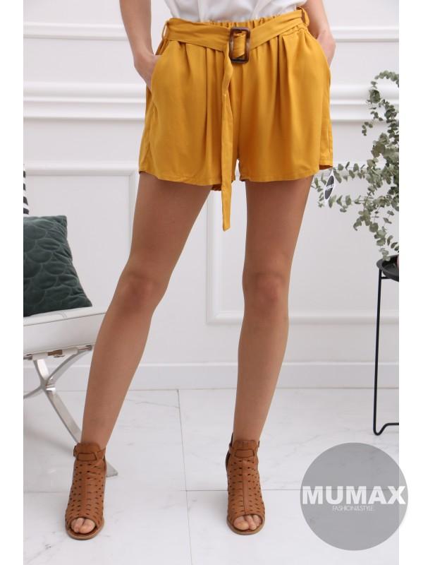 Krátke žlté nohavice