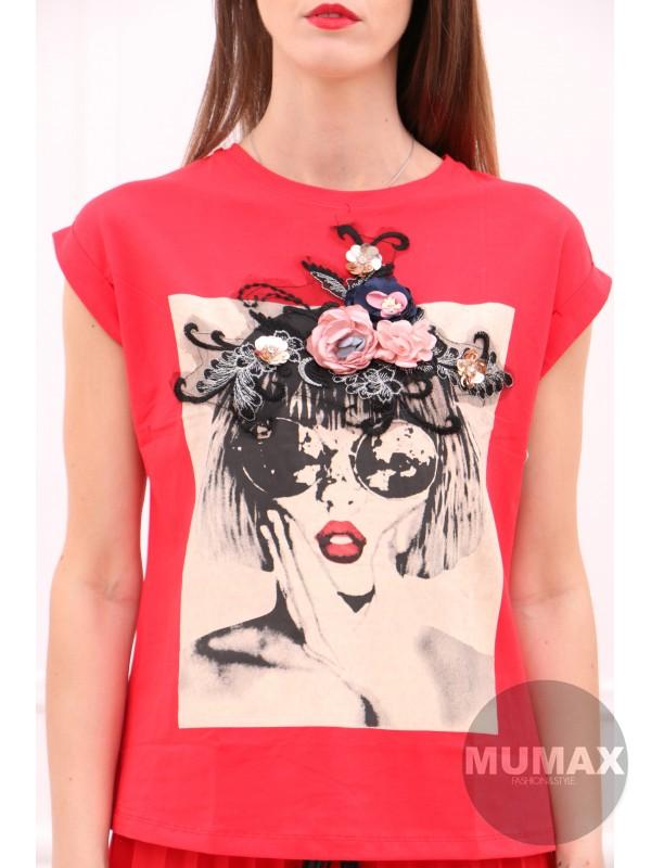 Červené tričko s 3D kvetmi