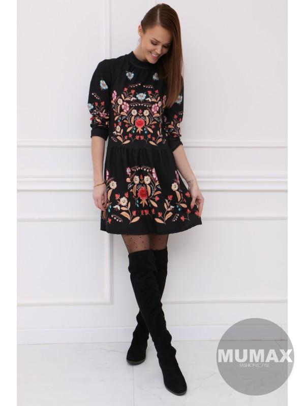 Čierné vzorované šaty