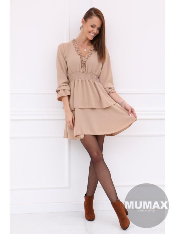 Béžove šaty s nariasenou sukňou
