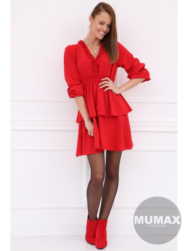 Červené šaty s nariasenou sukňou