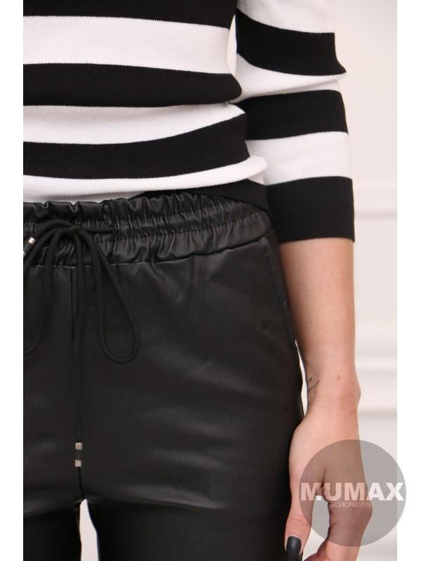 Čierné koženkové nohavice s gumičkou