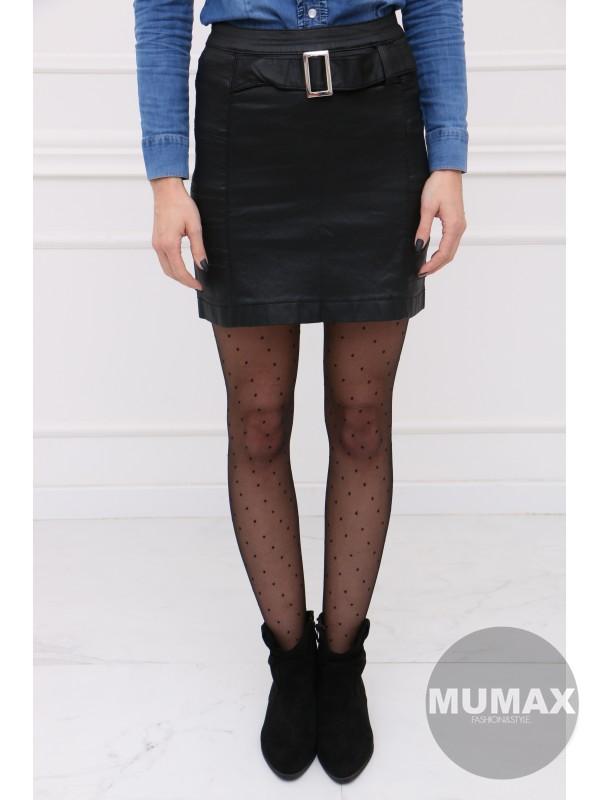 Čierná koženková sukňa s opaskom