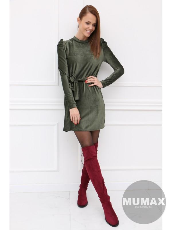 Zelené zamatové šaty