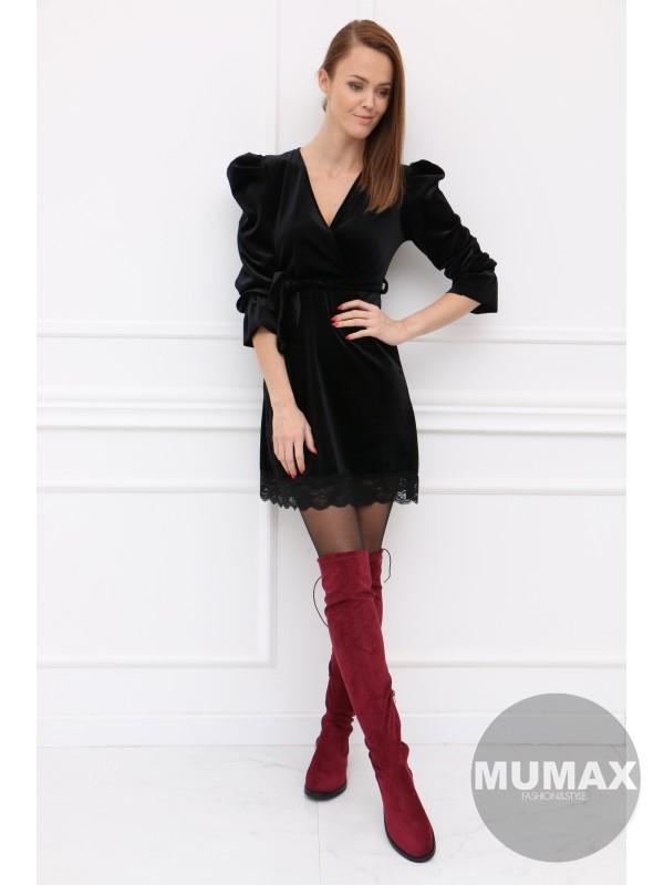 Čierné zamatové šaty