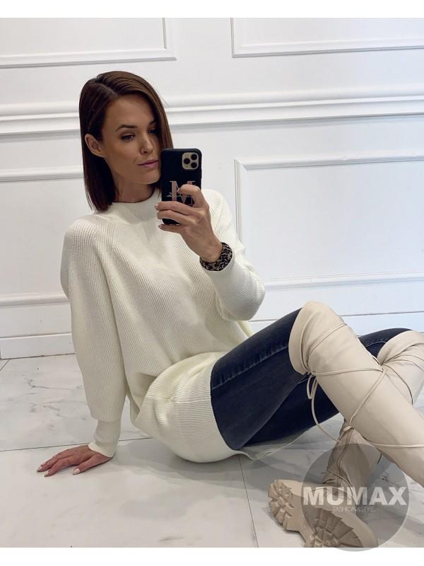 Predĺžený sveter