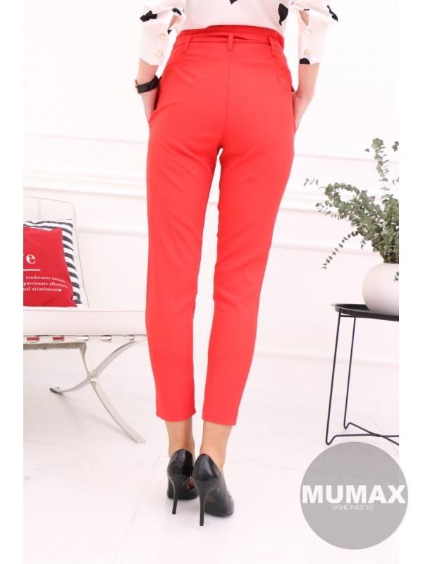Červené nohavice