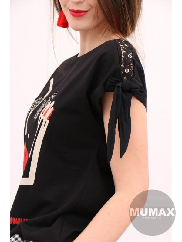 Čierne tričko s 3D mihalnicami