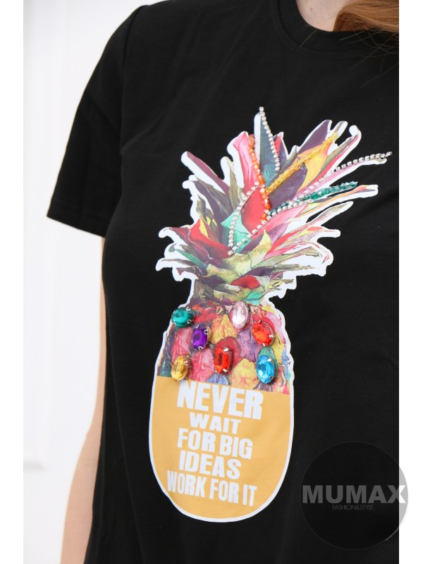 Čierne tričko s ananasom