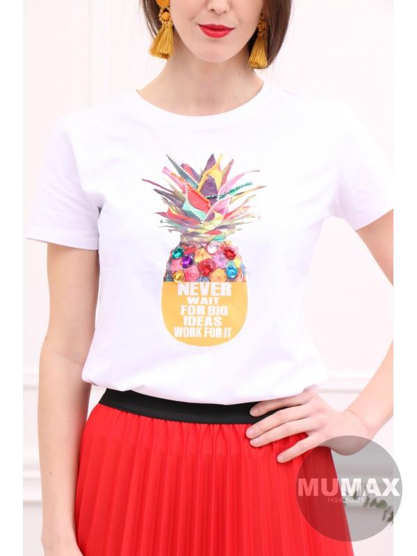 Biele tričko s ananasom