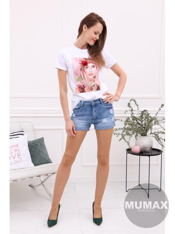 Biele tričko s 3D aplikaciou
