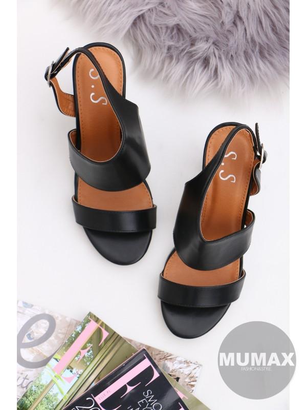 Čierné sandále